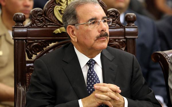 Danilo Medina y Odebrecht: pan y circo