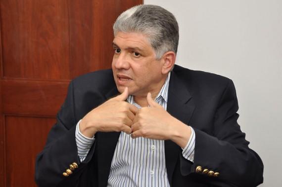 Ing. Eduardo Estrella presidente del Partido Dominicanos por el Cambio.