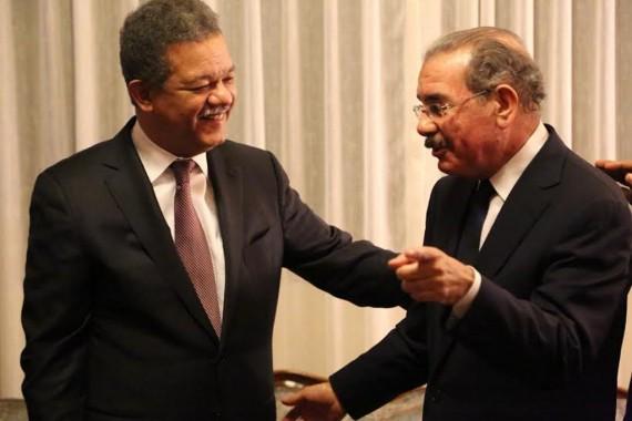 Lic. Danilo Medina presidente de la Republica Dominicana en reunion con el ex presidente Leonel Fernandez