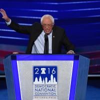 Bernie Sanders dió apoyo total a Hillary
