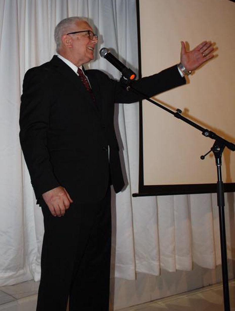 Director general Ramón Ceballos rinde tributo fundadores Tribuna Dominicana