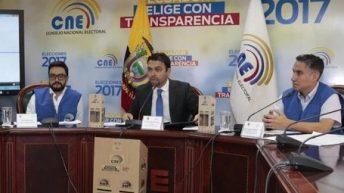 Ecuador continúa a la espera de resultados electorales en medio de protestas y sospechas de fraude