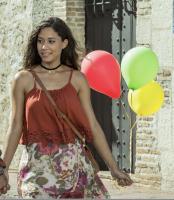 Patricia (Stephany Liriano) con los 3 globos