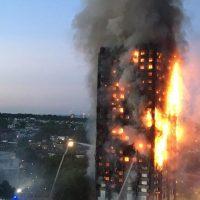 Gran incendio en una torre de apartamentos en Londres causa al menos 6 muertos y 50 heridos