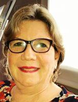 Mariella Bobadilla,  presidenta Sociedad Reumatología