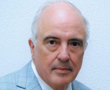 El autor es historiador y economista. Reside en Santo Domingo